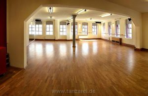 Tanzerei - Ballett-Saal